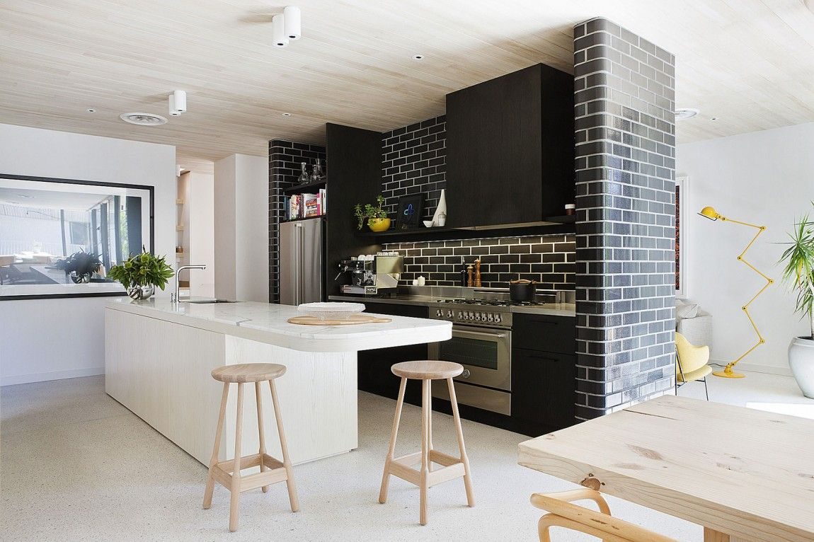 Black and white brick wall for artistic and astonishing for Black kitchen walls