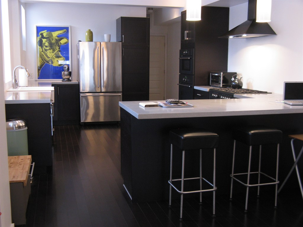 Black Kitchen Island Design With Modern White Black Stain Stools And Dark  Bambooo Flooring Style Beneath