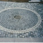 circle brick paver patterns with circular and running bond mixed with two color