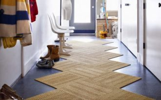 classic-rug-carpet-awesome-traditional-brown-zigzag-shape-color-entryway-rugs-on-dark-blue-flooring-color-also-white-wall-color-indoor-entryway-rugs-design-ideas-home-accessories-for-hardwood-floors-blue