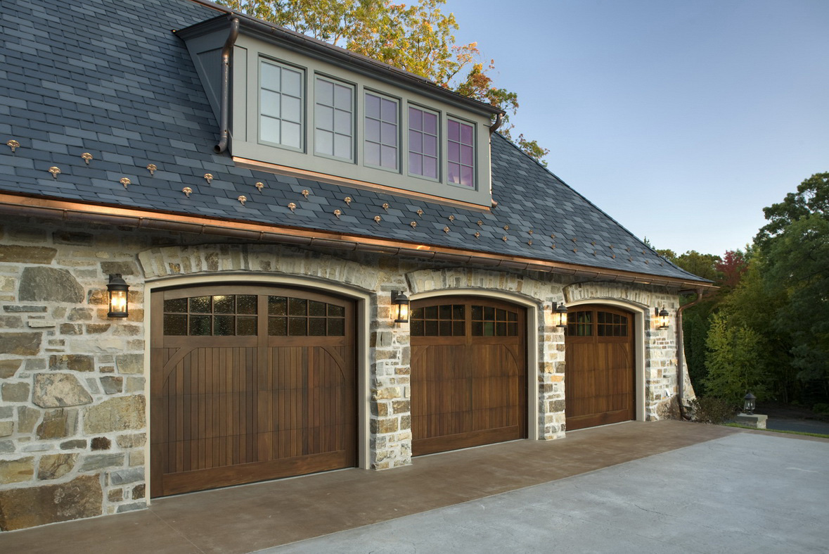 Cool garage doors that will grab your attention homesfeed for Cool car garage ideas