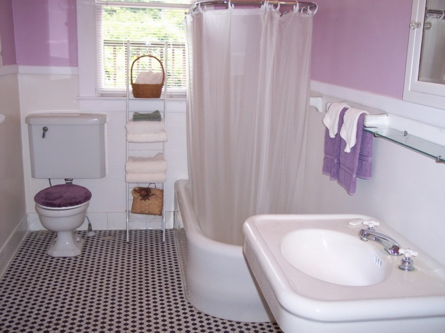 Cute Bathroom Ideas In Plurple With Bathtub And Curtain Plus Sink And  Mirror Plus Towel Holder Part 65