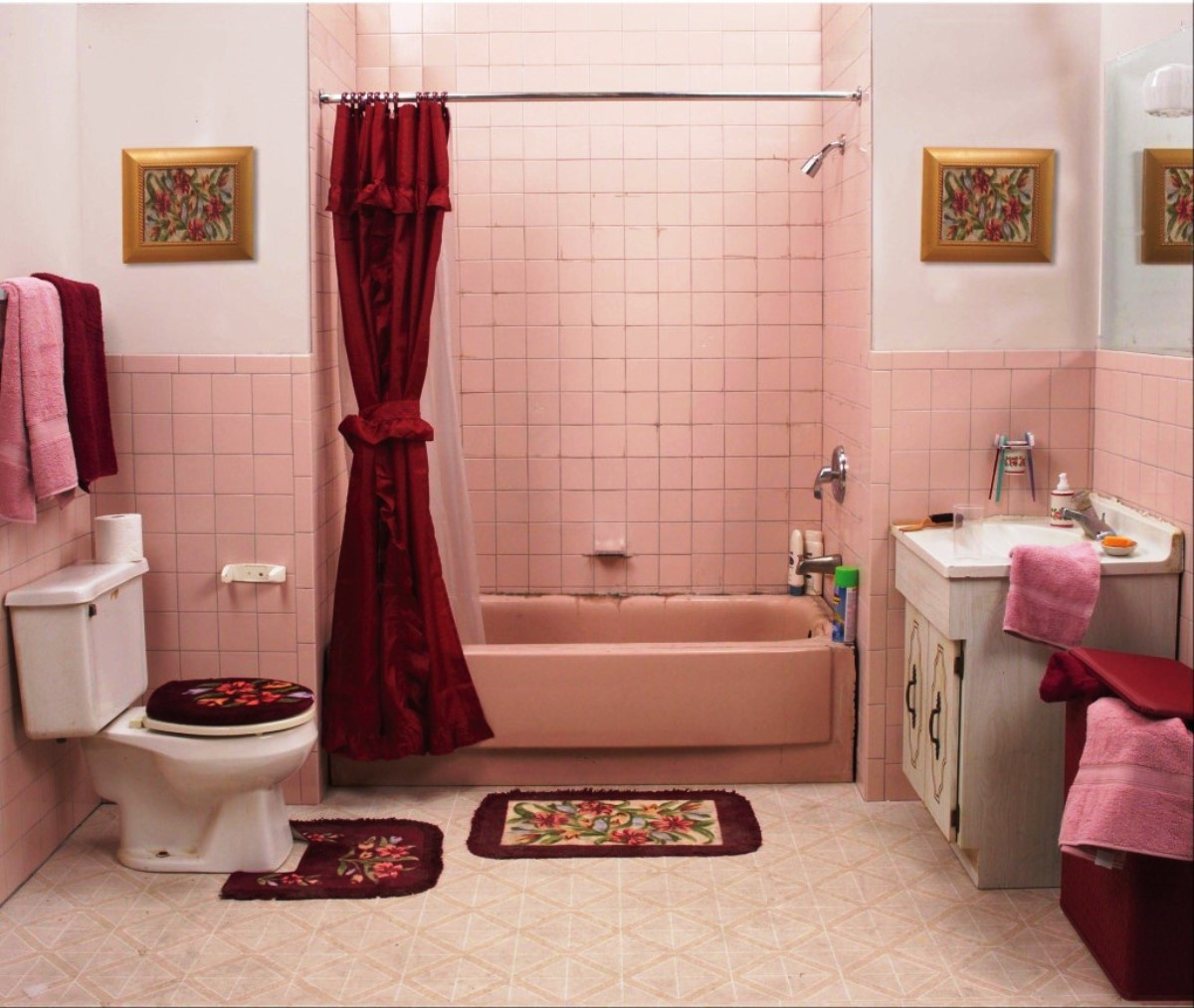 Cute Bathroom Ideas With Bathtub And Red Curtain Plus Toilet Vanity Units Beautified Picture