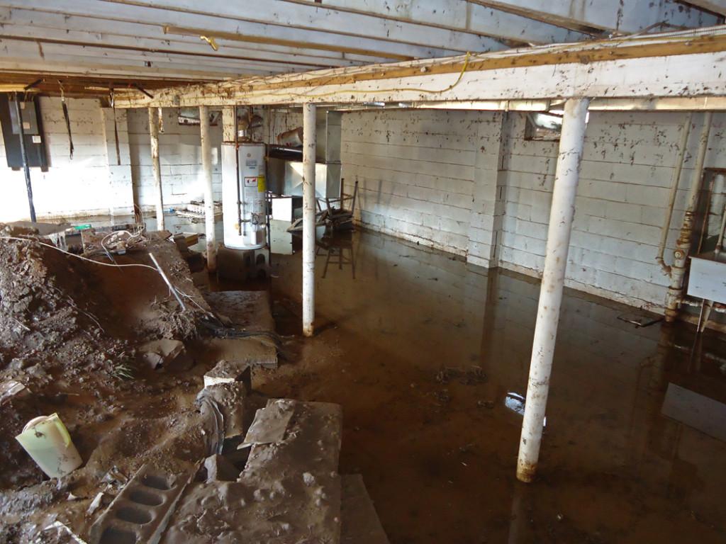 How To Stop A Flood In Your Basement Best Basement - Basement keeps flooding