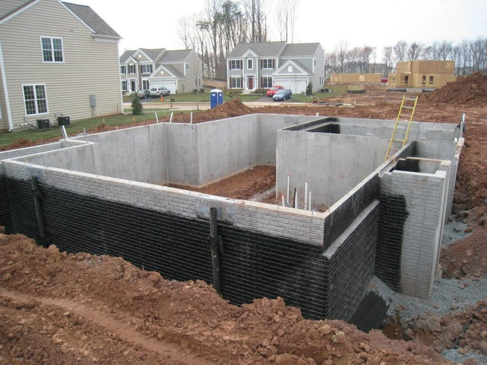 Waterproof basement the best way to deal with your for Best material to build a house