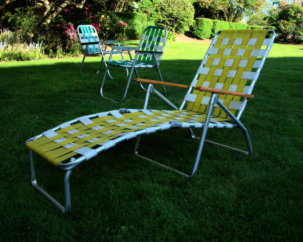 Best lawn chair the reviews homesfeed for Lawn and patio furniture