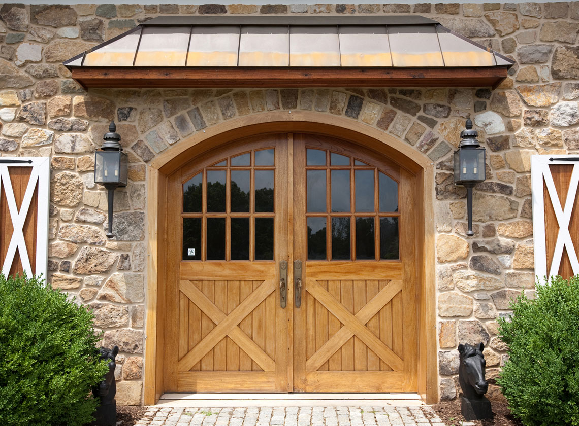 Cool front door invites every eye with excellent for Wooden door ideas