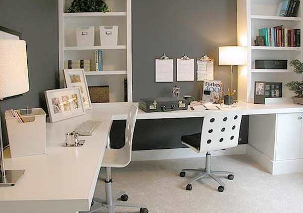 Two Sided Desk A Best Solution for Limited Office Space  HomesFeed