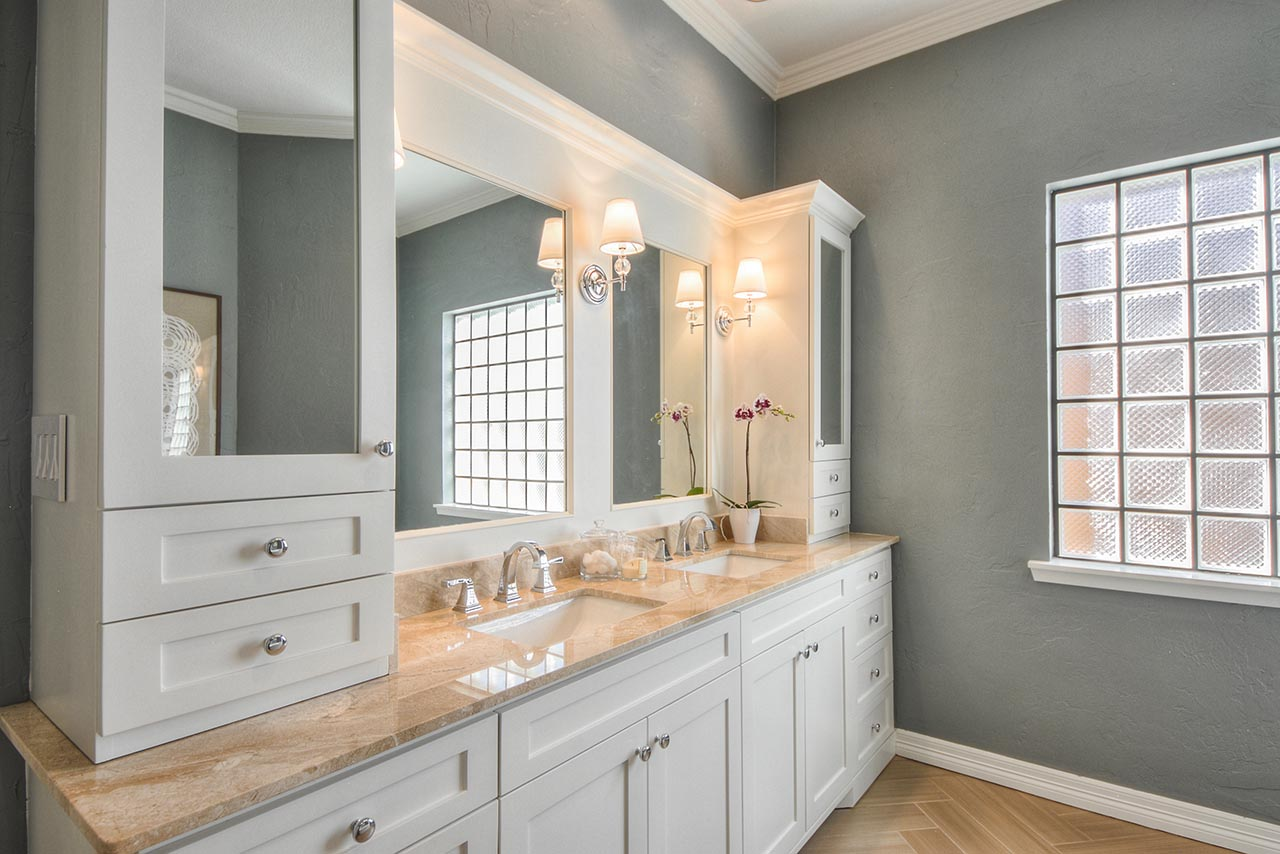 Master Bathroom Remodel With White Wooden Bathroom Vanitiy Units With Double  Sinks And Mirror Plus Beautiful
