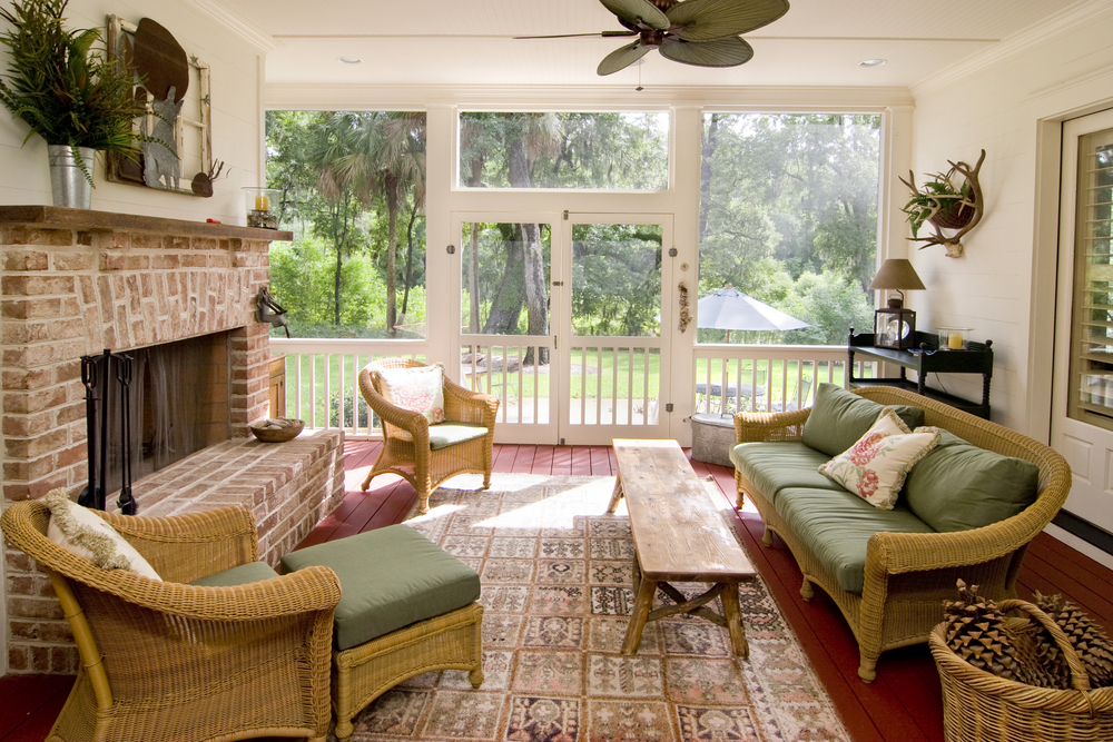 Medium Size Sunroom With A Comfy Sofa Green Mattress And Decorative Pillow Long Wood