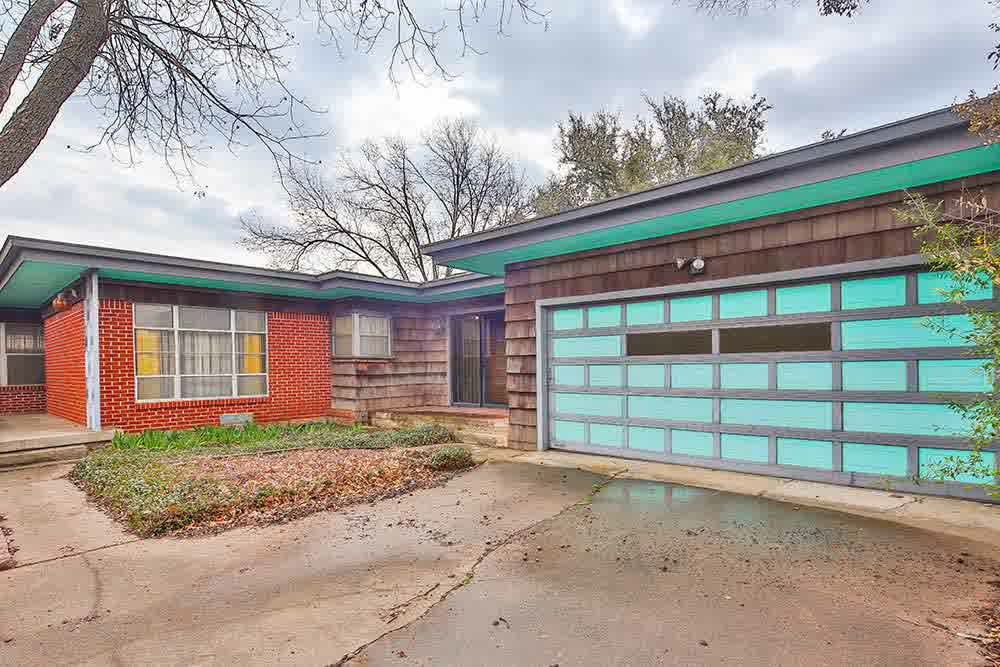 Impressive Mid century Modern Garage Doors : The Perfect ...