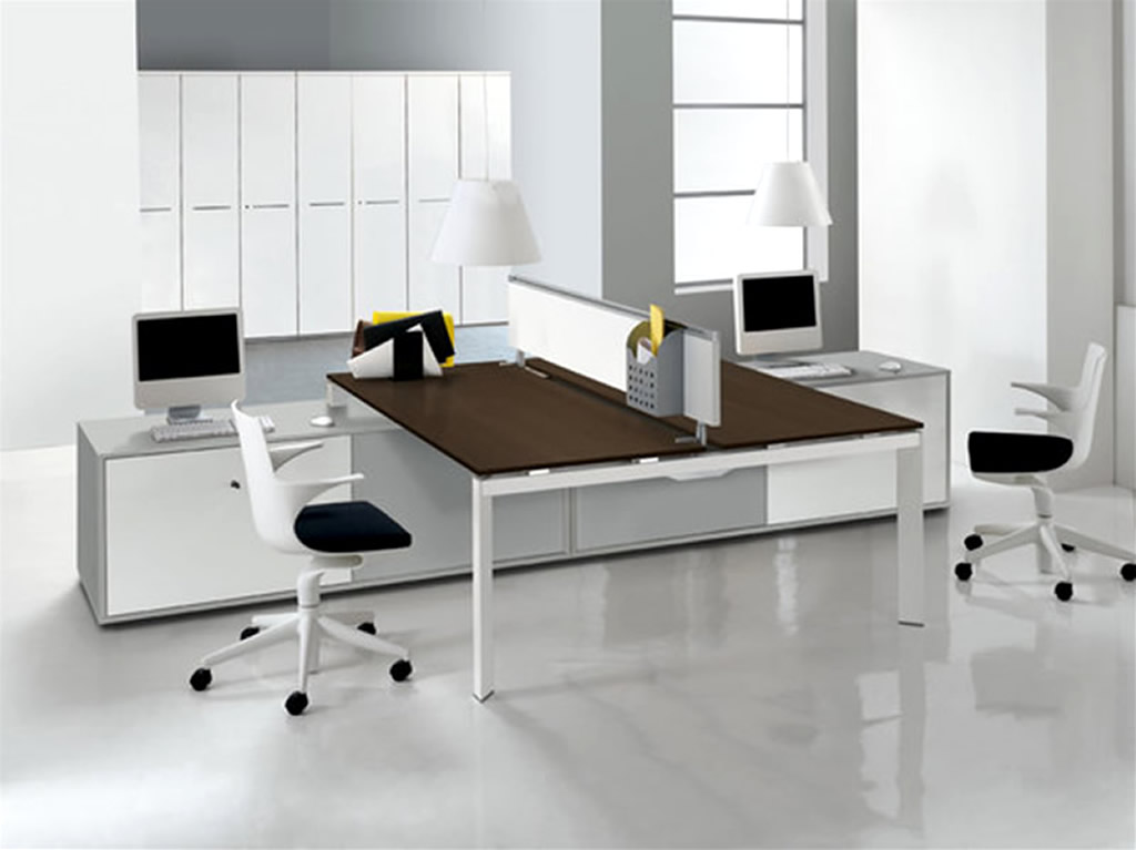Modern Two Sided Desks Design With Short White Parion And Brown Countertop Black