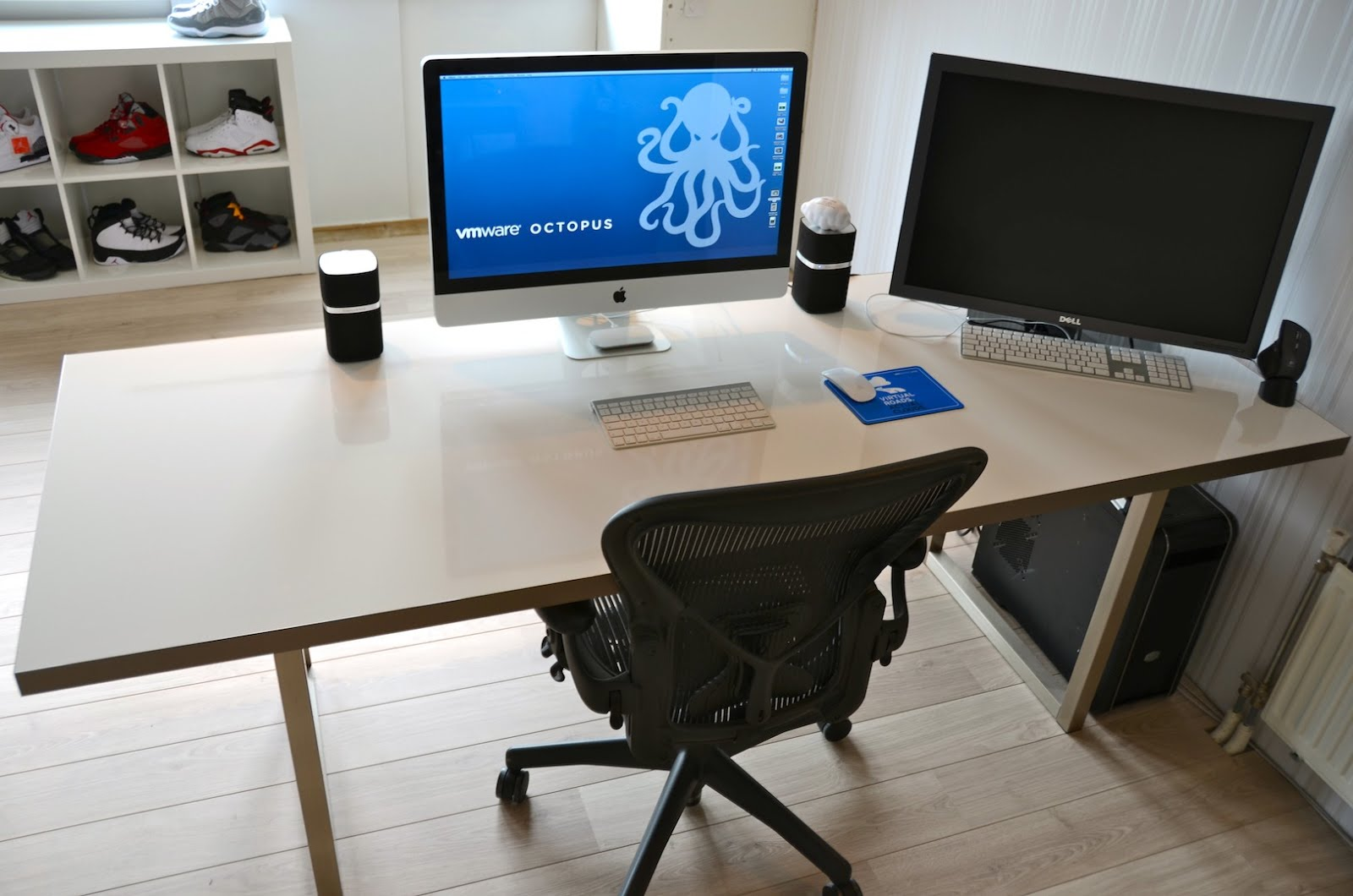 Stylish desk table tops for modern and interesting home for Best home office desktop computers