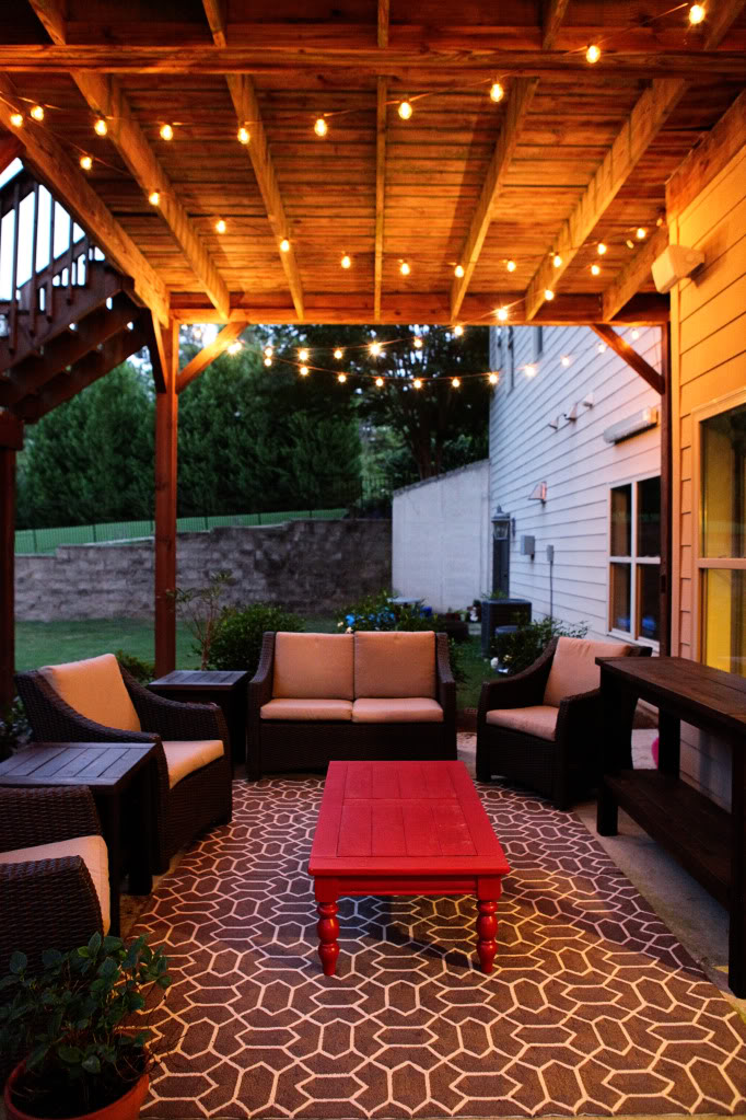 Create a comfortable and relaxing place for your family by for How to decorate a deck