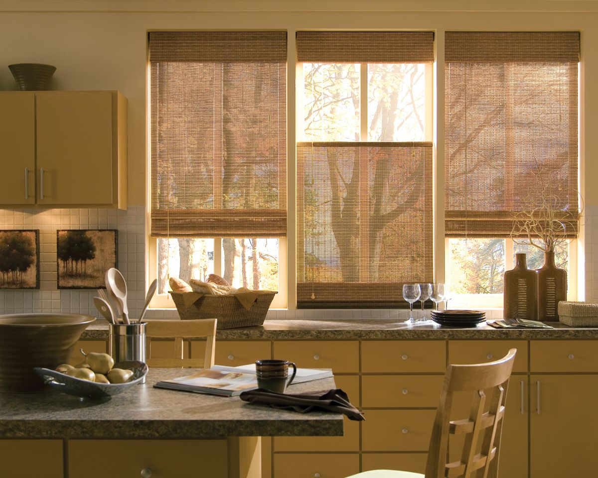 Kitchen window treatment ideas 2013 - Pull Down Window Blinds For Window Kitchen A Rattan Basket For Bread Storage A Set Of