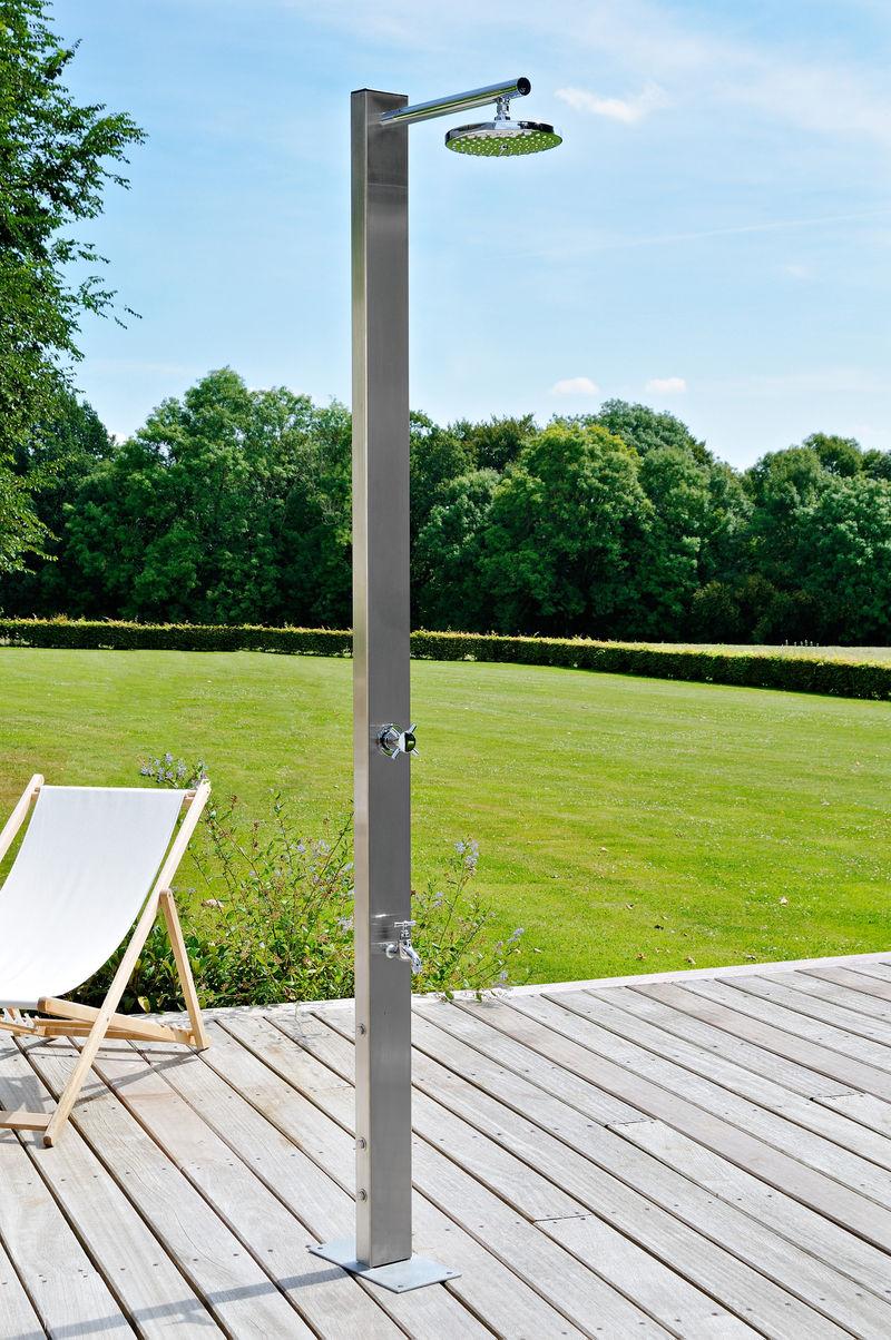 Wide Options of Outdoor Shower Fixture | HomesFeed