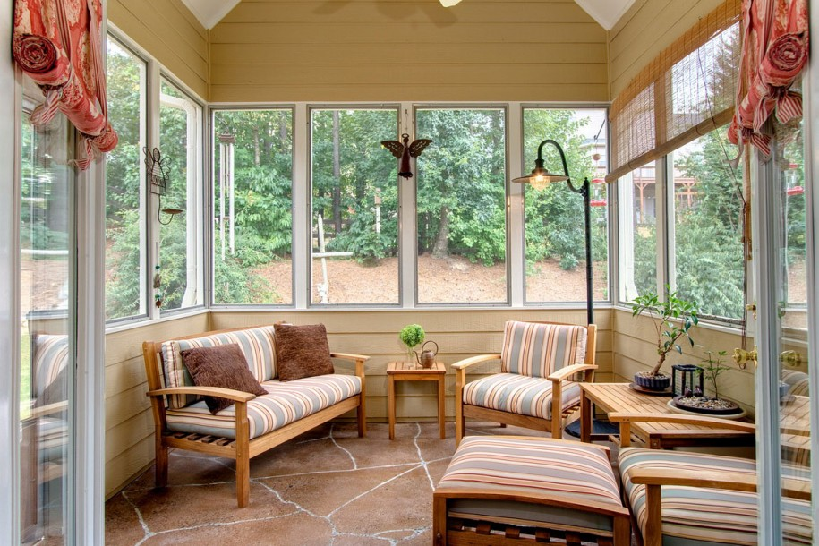 High Quality Small Sunroom With Colorful Strip Patterns Furniture A Small Wood Side  Table A Medium Size Wood
