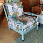 spool chair in blue theme