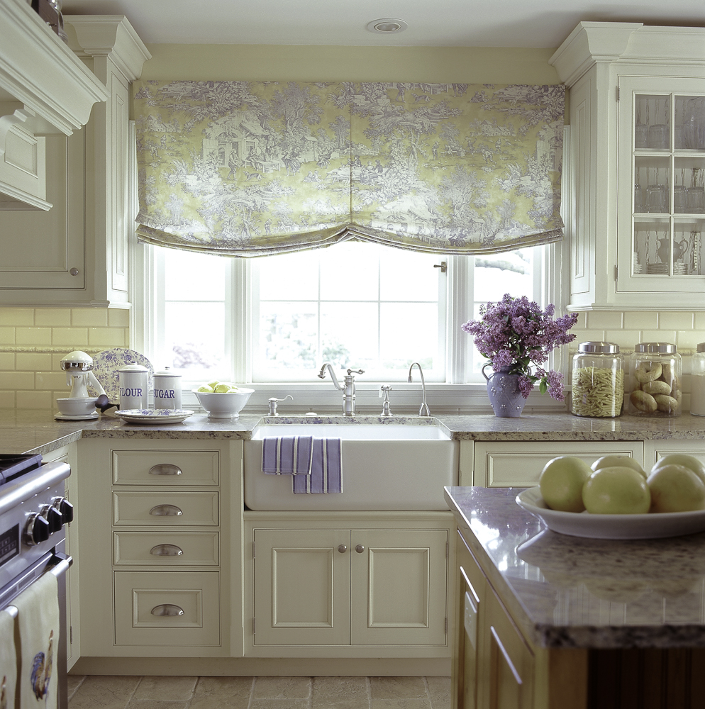 Country Cottage Kitchen Curtains: Go Vintage With Antique Cabinet For Chic Kitchen