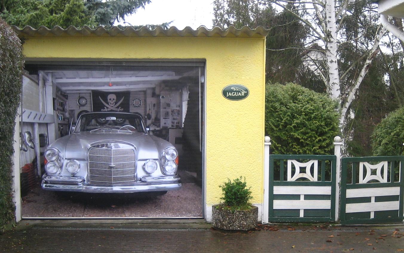 Unique garage doors that mesmerize you with the for Three door garage