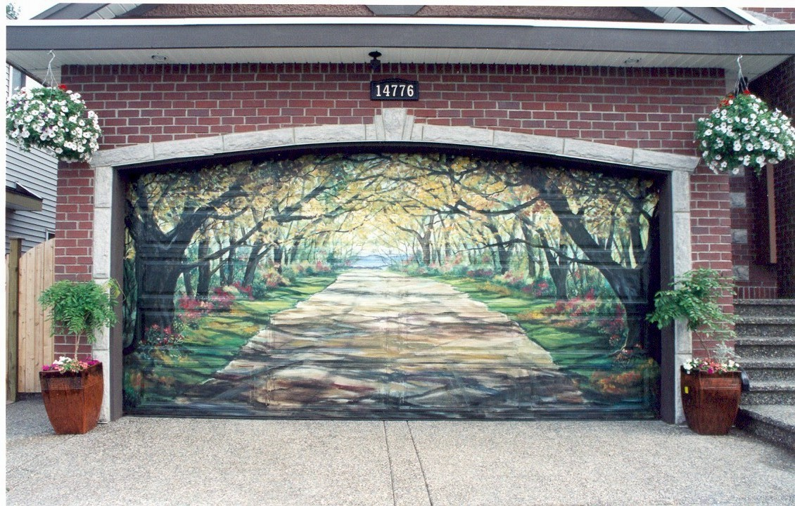Unique Garage Doors That Mesmerize You With The Imaginative Designs