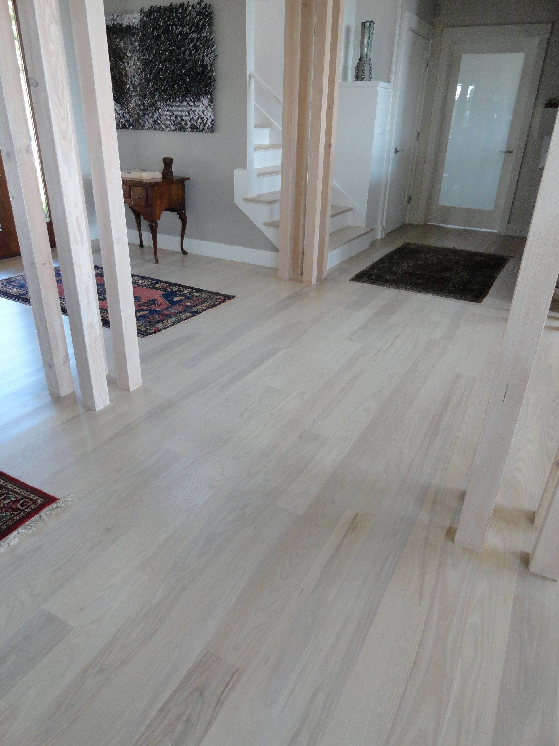 White Washed Wood Floor Meets Home with Industrial Style | HomesFeed