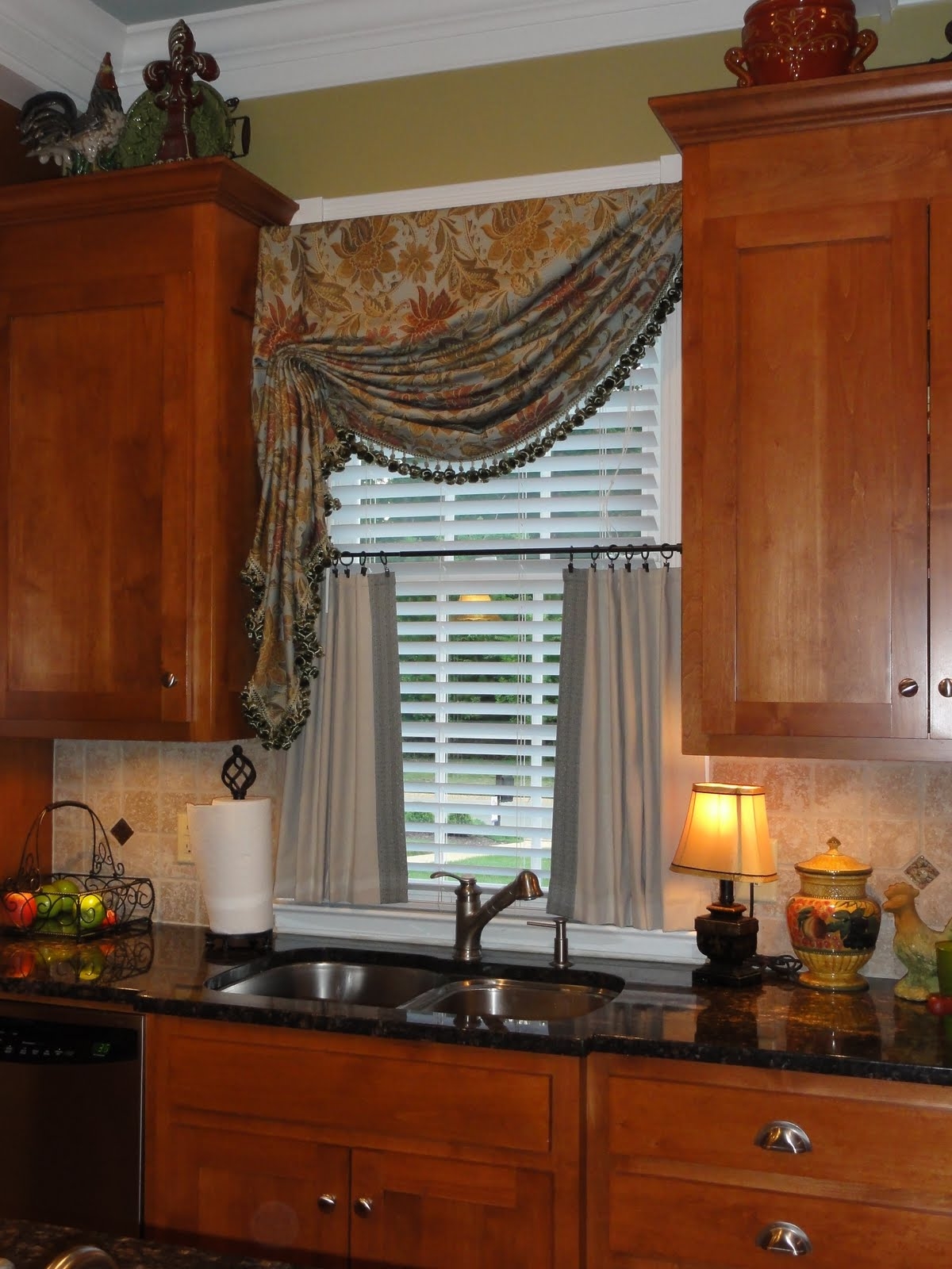 Window Treatments For Double Windows Window Treatments For Small Windows In Kitchen Homesfeed