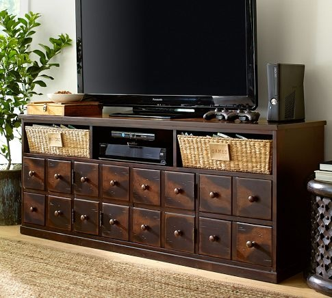 Long Media Console Plays Significant Role With Fashion