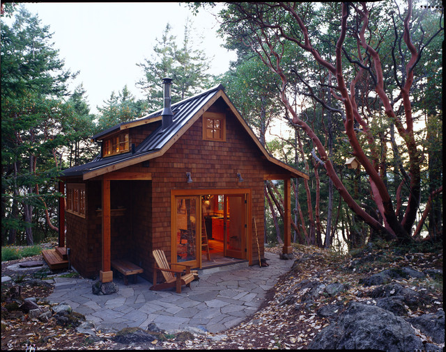 Small Rustic Cabin Plan With Preferable Design