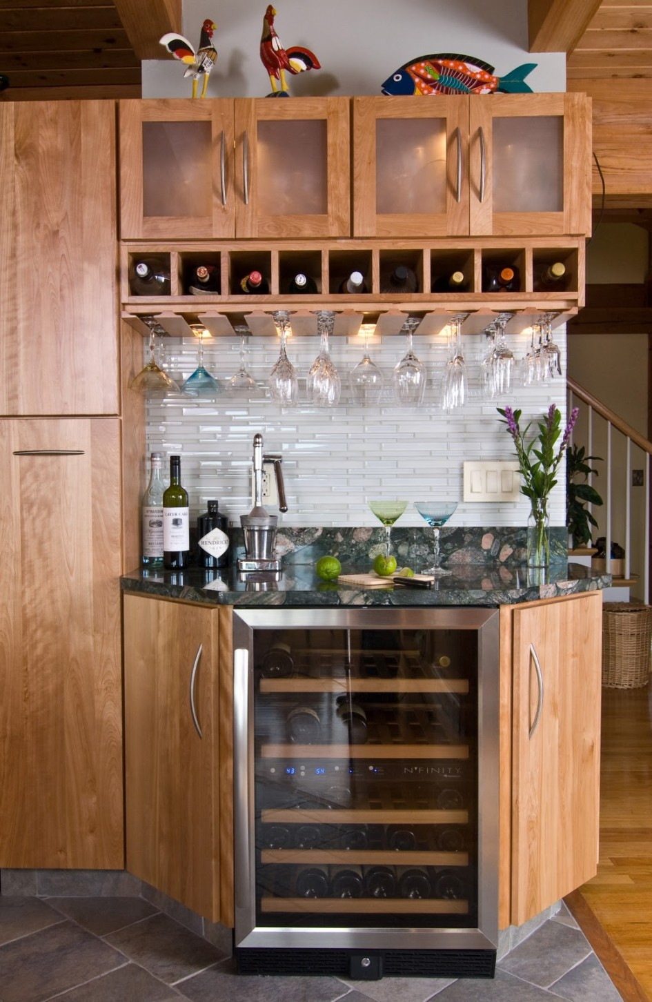 Wine Bar Design for Home | HomesFeed