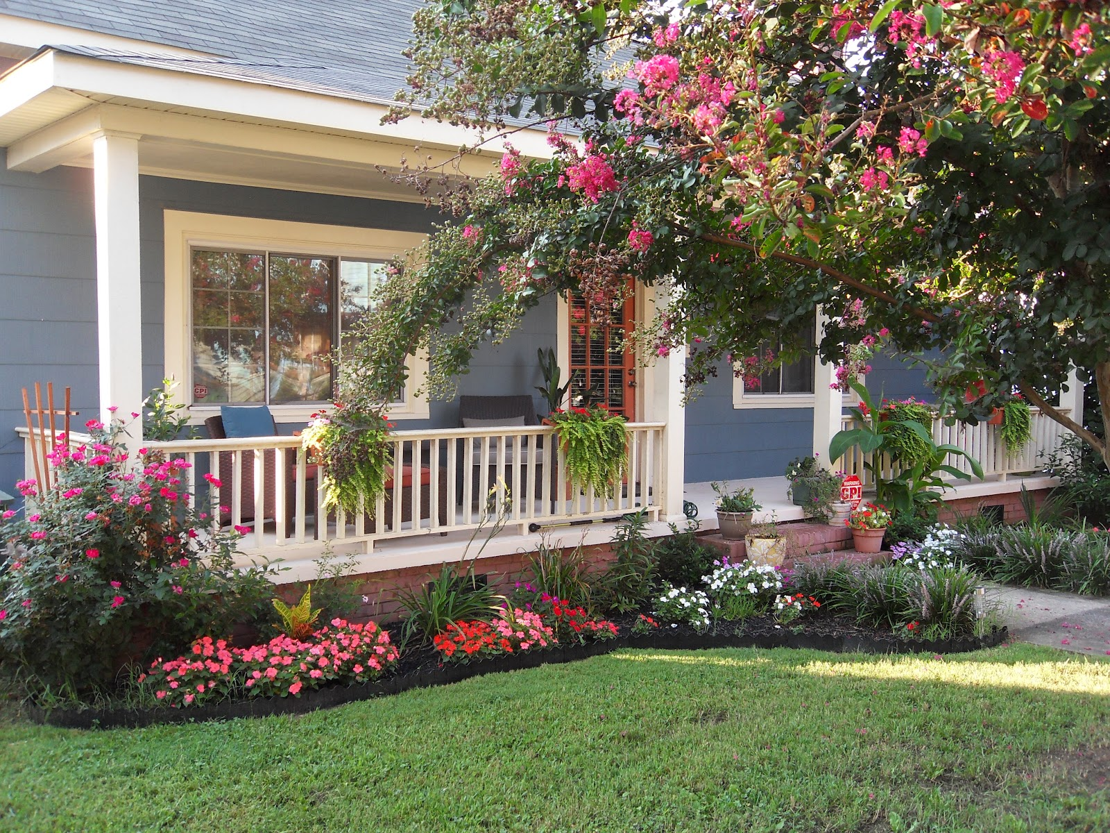 Front Yard Design for Ranch Style Homes - HomesFeed