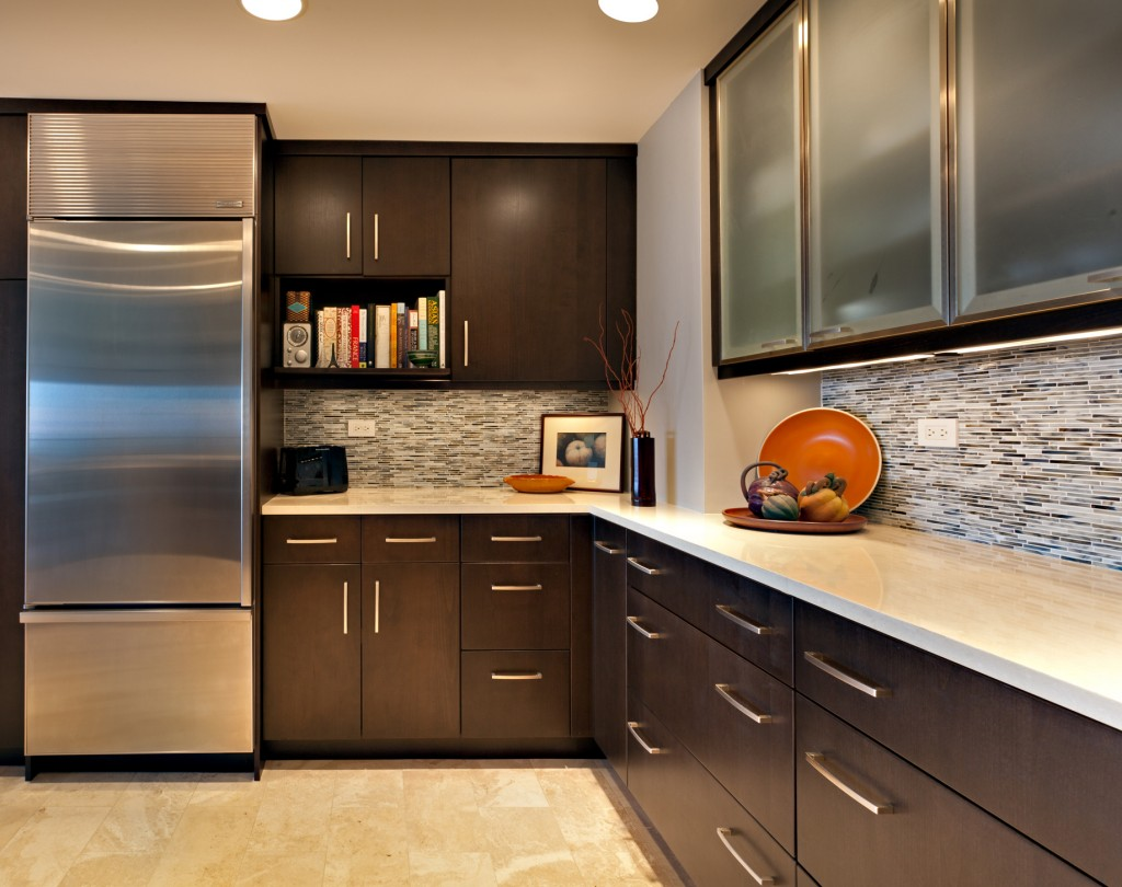 Cashmere White Granite Touches Kitchen Interior With