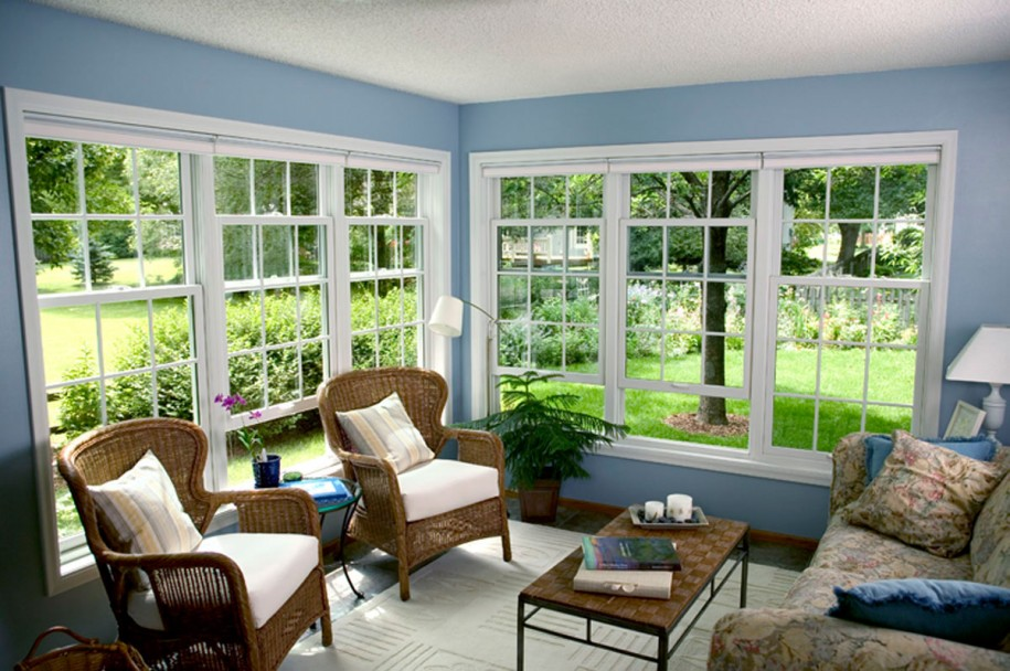 Various Elegant And Comfortable Furniture For Casual Sunroom