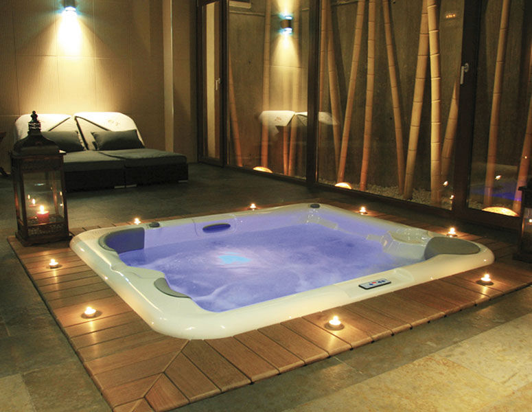 some stylish modern built in hot tub design that will make. Black Bedroom Furniture Sets. Home Design Ideas