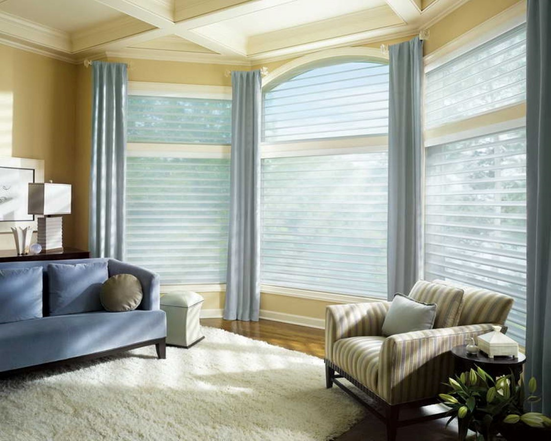 how to decorate your large bay window with low budget without