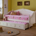 amazing-cool-nice-colorful-daybed-with-pop-up-trundle-for-kids-bedroom-design-and-has-great-concept
