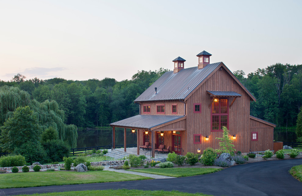 pole barn house pictures that show classic construction With barnhouse exteriors