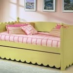 awesome-cool-yellow-scallop-daybed-with-pop-up-trundle-design-for-kids-bedroom-design