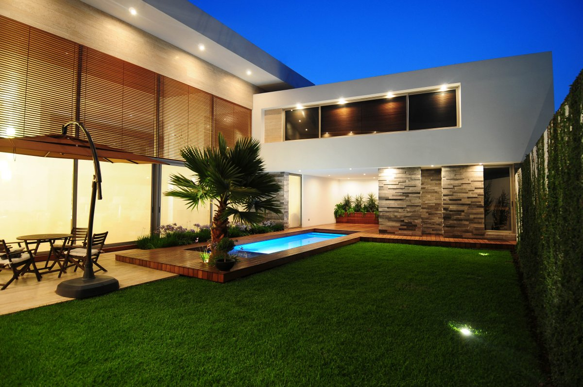 Exterior Home Design In Contemporary Style A Small Outdoor Pool A Patio  Beautiful Garden Clear Lines