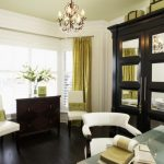 fantastic-crowded-room-cool-nice-bay-window-with-with-green-curtain-cloth-concept-for-small-bay-window-in-small-room