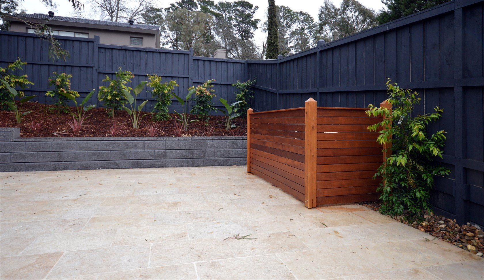 Pool Equipment Enclosures: The Best Way to Keep Your Expensive Pool Equipment Safe | HomesFeed