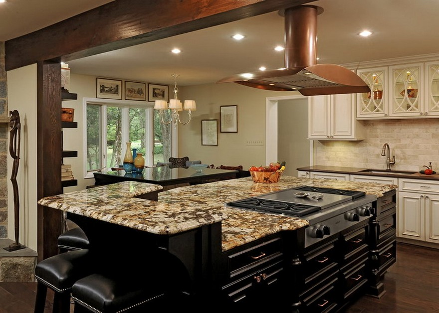 Superbe Large Kitchen Islands With Seating And Storage Plus Marble Countertop And  Gas Stove And Comfy Black