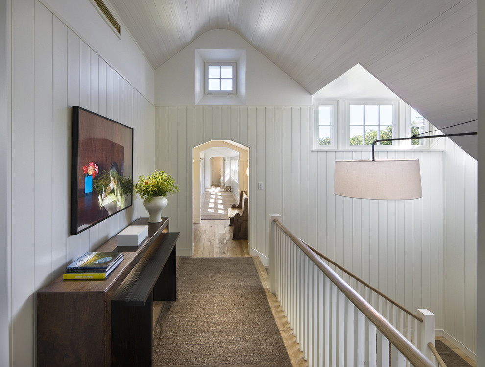 How To Make Your Hallway Livable And Useful With Minimal