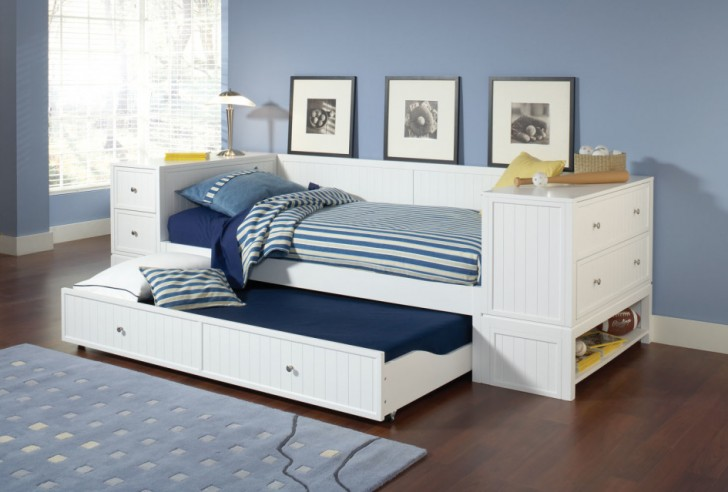 Elegant Daybed With Trundle Concept