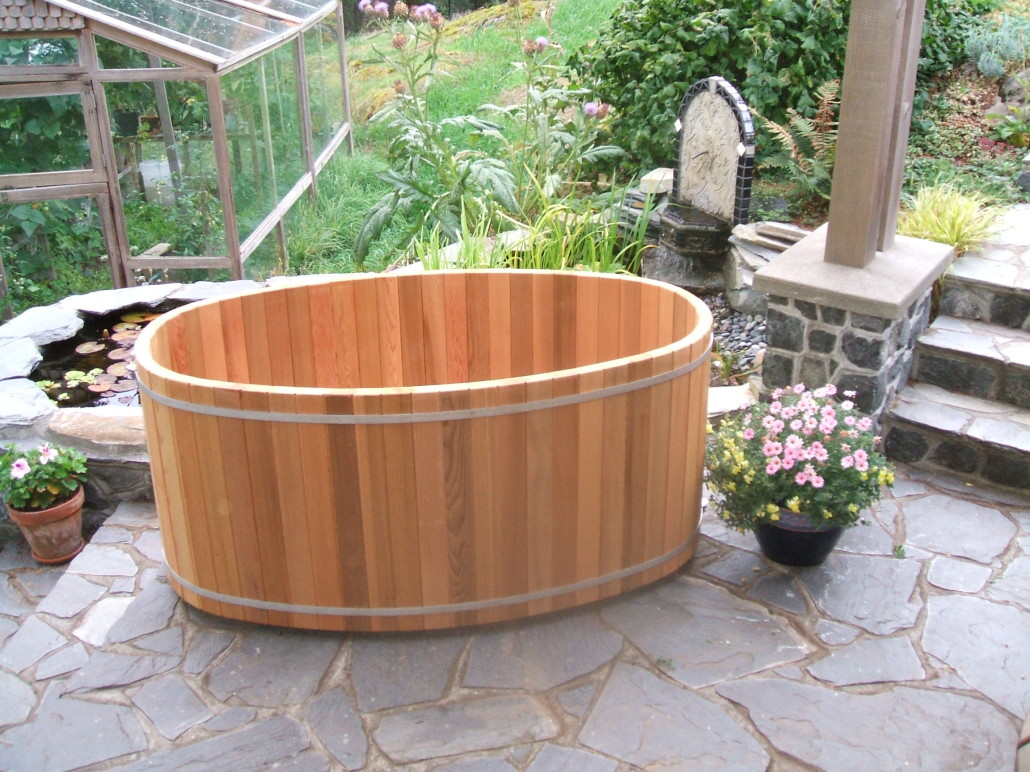 Get Exciting Bathroom Ideas In Asian Style With Small Japanese - Japanese soaking tub