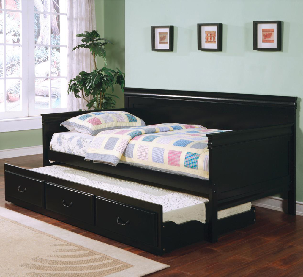 Pictures Of Black Wooden Daybeds With Trundle And Storage Underneath Plus  Comfy Bedding And Modern Rug Idea