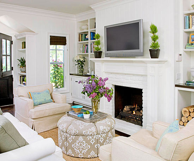 Charmant Room Design With White Fireplace Mantel And White Sofa Series Plus Their  Pillows Wall Mount TV