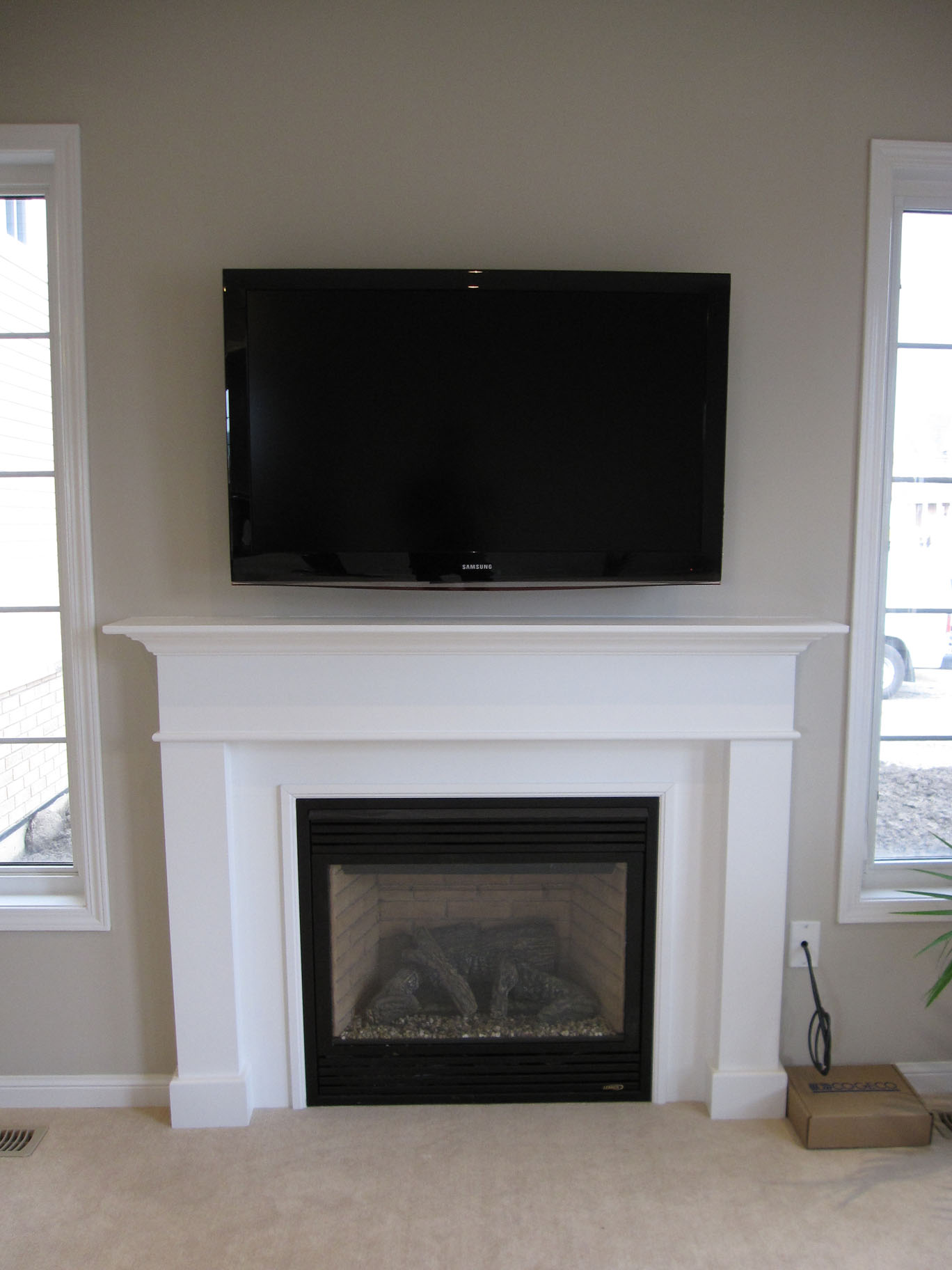 How to get the proper fireplace mantel height for the sake for Decorate my flat