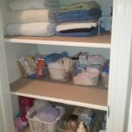 simple-nice-large-cool-linen-closet-organizer-with-little-stuffs-design-with-large-space-closet-for-big-home