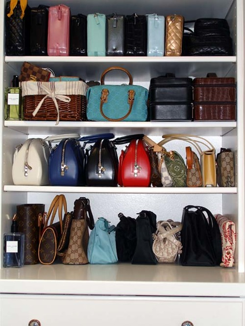 Hold Your Handbag And Never Lose Your Style With Fashionable Storage